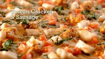 Papa Murphy's Tuscan Chicken & Sausage Pizza TV Spot, 'Comfy Spot' - Thumbnail 3