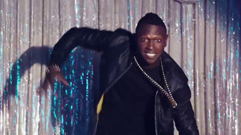 Madden NFL 17 TV Spot, 'Karaoke'  Featuring Antonio Brown - Thumbnail 4