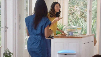 Glad TV Spot, 'Nosy Neighbor'