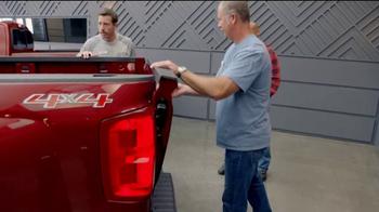 Chevrolet Bonus Tag Sales Event TV Spot, 'Malibu Bonus' [T2] - Thumbnail 4