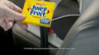 Juicy Fruit TV Spot, 'Cremalleras' [Spanish] - Thumbnail 2