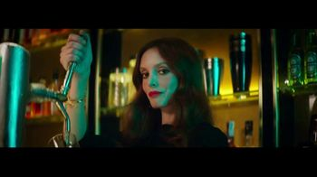Heineken TV Spot, 'The Look' Featuring Benicio del Toro, Song by Donovan - 4553 commercial airings