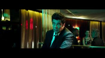 Heineken TV Spot, 'The Look' Featuring Benicio del Toro, Song by Donovan - Thumbnail 8