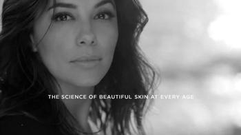 L'Oreal Paris Revitalift TV Spot, 'Reduce Wrinkles' Featuring Eva Longoria - Thumbnail 9