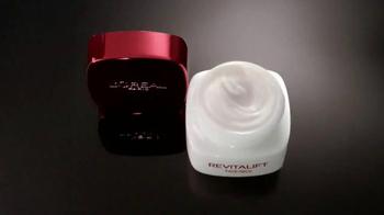 L'Oreal Paris Revitalift TV Spot, 'Reduce Wrinkles' Featuring Eva Longoria - Thumbnail 3