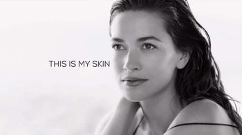 Bare Minerals SkinLongevity TV Spot, 'Define Beautiful' - Thumbnail 2