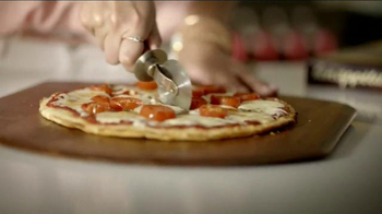 Bon Appetit Pizza TV Spot, 'Delight' - Thumbnail 3
