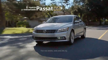 Volkswagen TV Spot, 'Las advertencias de Mamá' [Spanish] - Thumbnail 10