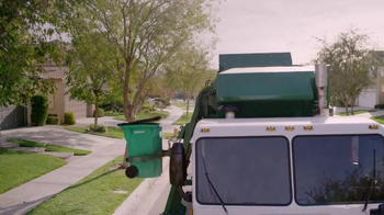 Waste Management TV Spot, 'Motion Sickness' - Thumbnail 2