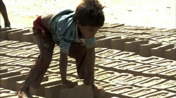 Save the Children TV Spot, 'Extreme Poverty' - Thumbnail 4