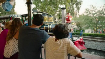 Disney Parks & Resorts TV Spot, 'Unforgettable: The Magic of Family' - Thumbnail 5