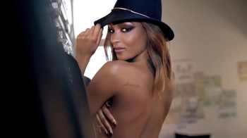 Maybelline New York The Rock Nudes Palette TV Spot, 'Edge' - Thumbnail 5