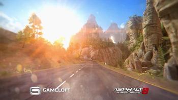 Asphalt 8: Airborne TV Spot, 'La experiencia máxima de carreras' [Spanish] - Thumbnail 2