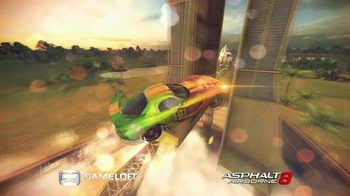 Asphalt 8: Airborne TV Spot, 'La experiencia máxima de carreras' [Spanish] - Thumbnail 8