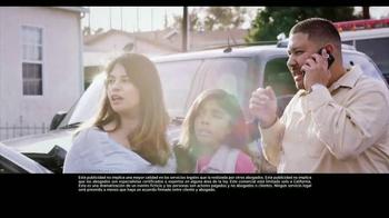 Los Defensores TV Spot, 'Accidente de auto' [Spanish] - Thumbnail 2