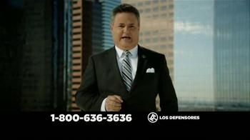 Los Defensores TV Spot, 'Accidente de auto' [Spanish] - Thumbnail 5
