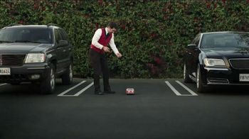 GEICO TV Spot, 'Valet: Gecko Journey' - Thumbnail 9