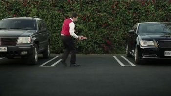 GEICO TV Spot, 'Valet: Gecko Journey' - Thumbnail 8