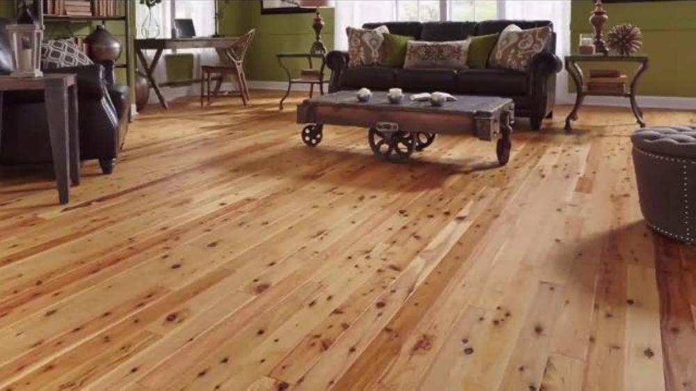 Lumber Liquidators TV Commercial, 'New Year's Deals'