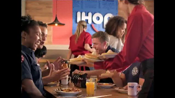IHOP All You Can Eat Pancakes TV Spot, 'It's Back!' - Thumbnail 3