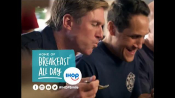 IHOP All You Can Eat Pancakes TV Spot, 'It's Back!' - Thumbnail 5