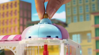 LEGO Friends TV Spot, 'Cupcake Cafe and Supermarket' - Thumbnail 4