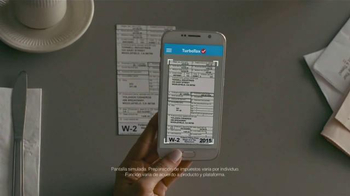 TurboTax TV Spot, 'Yolanda' con Julio Carbonell [Spanish] - Thumbnail 7