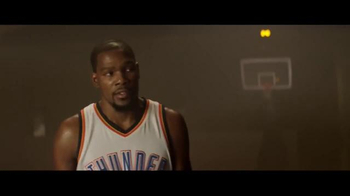 Panini TV Spot, 'Who Do You Collect: Simon Says' Featuring Kevin Durant - Thumbnail 6