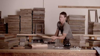 Weebly TV Spot, 'Paige and Chris: The Fence Framers' - Thumbnail 8