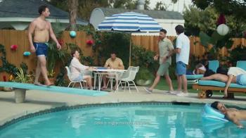 2016 Toyota RAV4 Hybrid TV Spot, 'Fiesta en la piscina' [Spanish] - Thumbnail 3