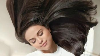 Pantene Pro-V TV Spot, 'Love Your Hair Longer' Featuring Selena Gomez