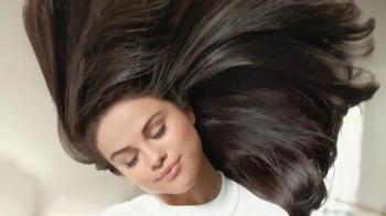 Pantene Pro-V TV Spot, 'Love Your Hair Longer' Featuring Selena Gomez - 7848 commercial airings