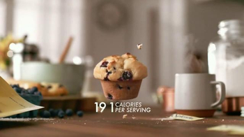 Splenda TV Spot, 'Floating Food' - Thumbnail 6