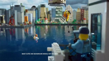 LEGO City Prison Island and Police Patrol Boat TV Spot, 'Master Crooks' - Thumbnail 4