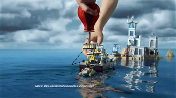 LEGO City Prison Island and Police Patrol Boat TV Spot, 'Master Crooks' - Thumbnail 9