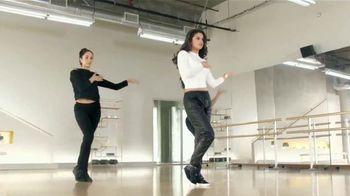 Pantene Pro-V Moisture Renewal TV Spot, 'Fuerza' con Selena Gomez [Spanish]