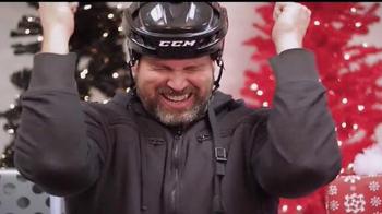 Total Hockey TV Spot, 'Lame Holidays' - Thumbnail 8