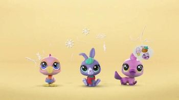 Littlest Pet Shop Pets TV Spot, 'Shimmer & Glimmer'