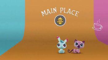 Littlest Pet Shop Pets TV Spot, 'Shimmer & Glimmer' - Thumbnail 6