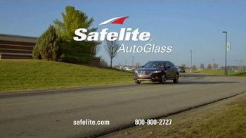 Safelite Auto Glass TV Spot, 'On My Way Text' - Thumbnail 7