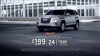 2016 GMC Terrain TV Spot, 'New Year's Resolution' - Thumbnail 8