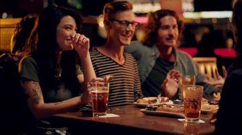 TGI Friday's TV Spot, 'Bienvenidos al menú 474' [Spanish]