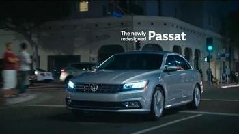 2016 Volkswagen Passat TV Spot, 'Beth' Song by KISS - Thumbnail 8