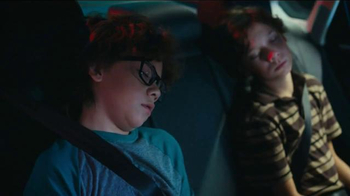 2016 Volkswagen Passat TV Spot, 'Beth' Song by KISS - Thumbnail 6
