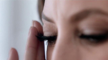Maybelline New York Lash Sensational Luscious TV Spot, 'Abanico' [Spanish] - Thumbnail 7