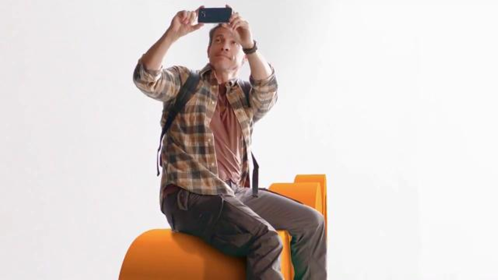 AT&T TV Commercial, 'Roaming gratis'