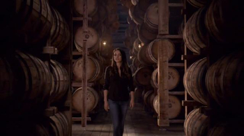 Jim Beam TV Spot, 'A Look Inside' Featuring Mila Kunis - Thumbnail 4