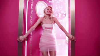 Juicy Couture Viva La Juicy TV Spot, 'Party in Pink' Ft. Candice Swanepoel - Thumbnail 3