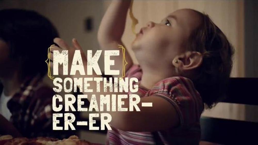Kraft Natural Mozzarella Shredded Cheese TV Commercial, 'Creamy'