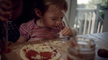 Kraft Natural Mozzarella Shredded Cheese TV Spot, 'Creamy' - Thumbnail 2